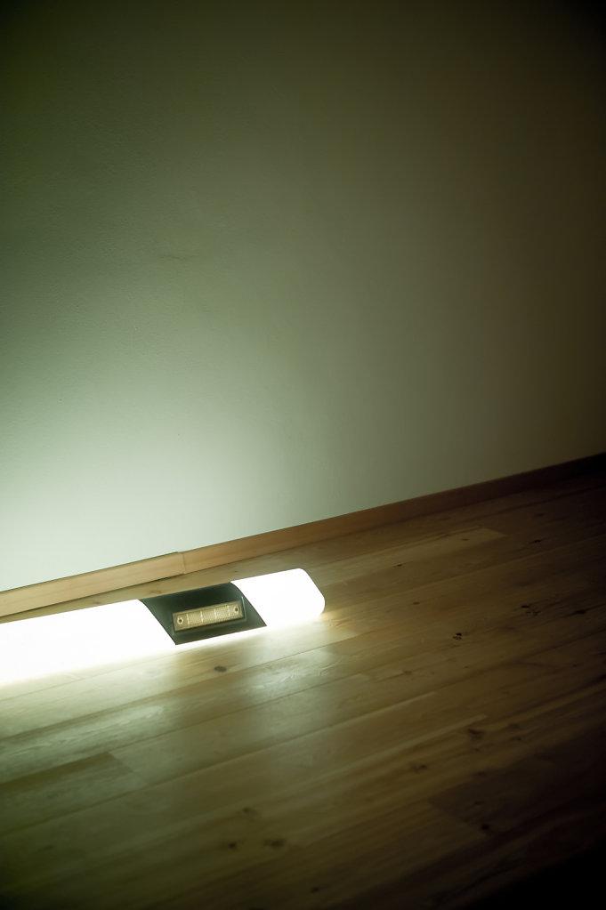 Stehlampe-liegen.jpg